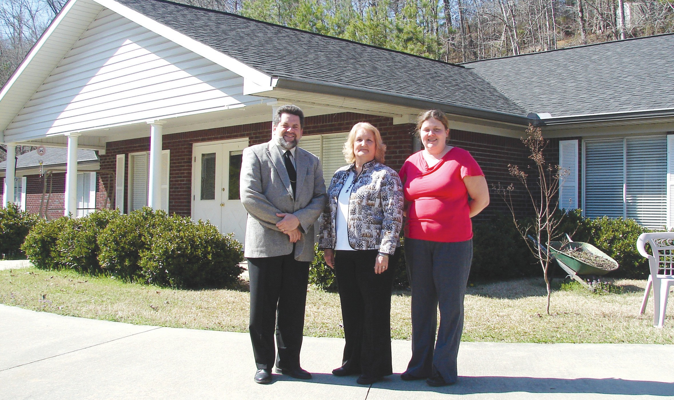 Randy Hale, vice president and program coordinator of the Alabama Youth Home, is pictured with staff members Miriam Murphree (center) and Shannon Melton.