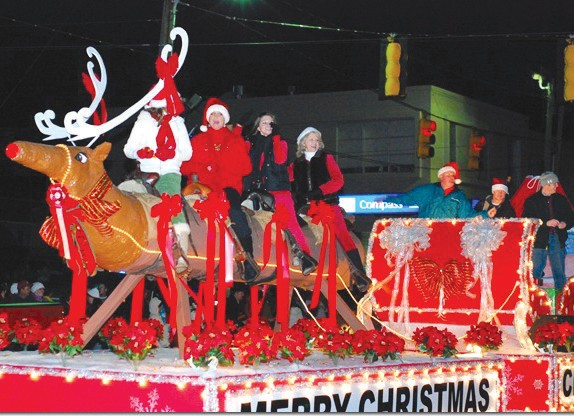 The 2011 Blount County Christmas Parade will be Thursday, Dec. 1, at 7 p.m.