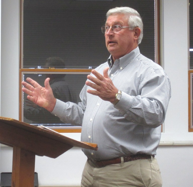 Addressing the Blount County Commission work session Thursday, Hayden Mayor Larry Armstrong triggers an energetic, non-agenda discussion of a recurring theme in recent county political dialogue: a formal economic development effort.