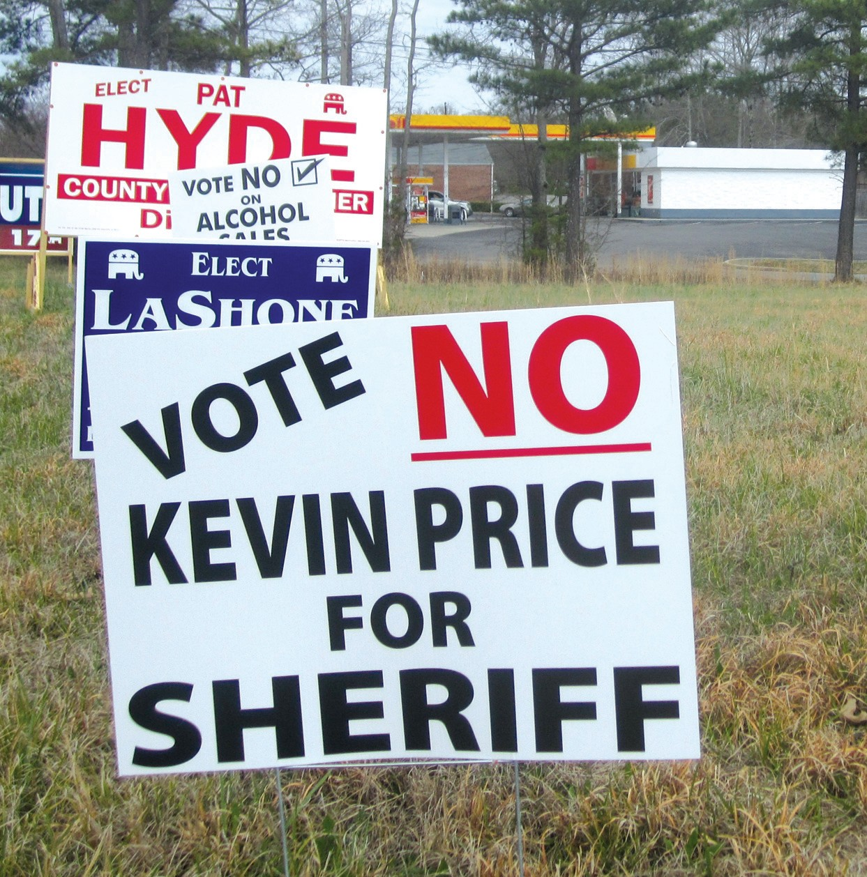 This sign, posted on Ala 75 across from Jack's Restaurant in Oneonta, is typical of several other locations where it was posted near a Kevin Price for Sheriff campaign sign.