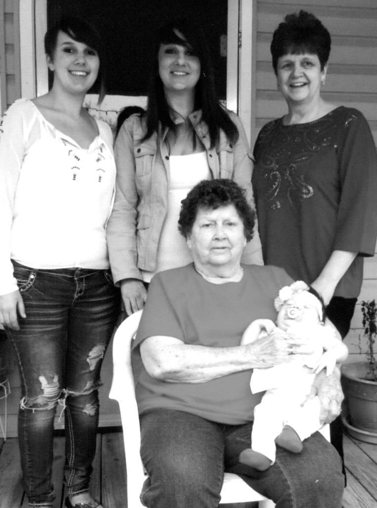 Helen Barnett of Blountsville is shown holding greatgreat granddaughter Maya Newton. Standing are mother Riley Butts of Walnut Grove, grandmother Amy Ward of Oneonta, and great-grandmother Jeanie Wise of Snead.